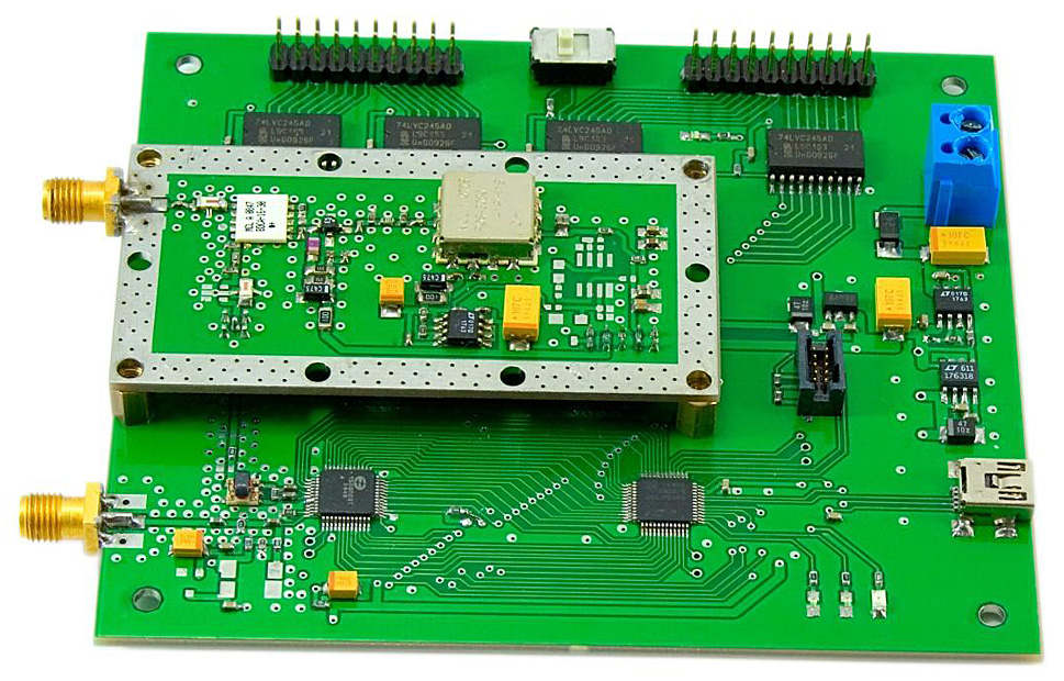 Evaluation board for 1508PL9T chip